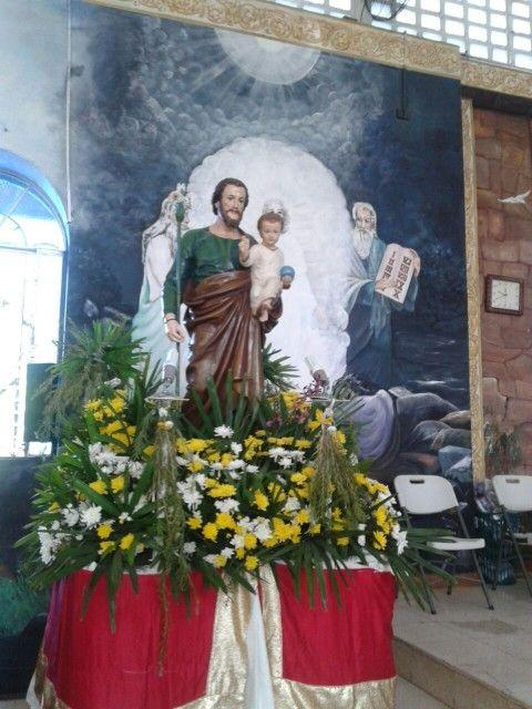 Feliz dia San Jose Catedral San Jose de David. Chiriqui. Panama. Oleos son creacion de la pintora chiricana Diana Brugiatty.