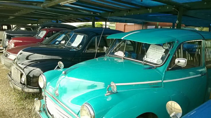 Always interesting to stop and have a look at the vintage cars at Sedgefield Classic Cars