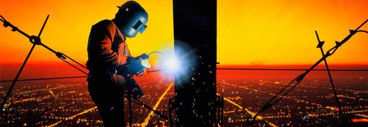 Хотите провести сварочные работы? Нужна сварка металла и стали? Желаете приварить петли или изготовить металлоконструкцию? Услуги сварщика инверторной сваркой: сварка труб, изготовление металлоконструкций и соединение сваркой металлических элементов.