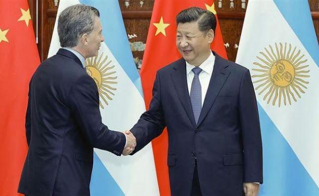 China apoya las inversiones de las PyMEs argentinas   En el marco de la gira presidencial en Asia se firmó en La Casa del Pueblo de Beijing un acuerdo entre el Banco de Inversión y Comercio Exterior (BICE) que depende del Ministerio de Producción y el Banco de Desarrollo de China (CDB por sus siglas en inglés) para financiar proyectos productivos de PyMEs orientados a inversiones para la generación de energías renovables infraestructura energética y manufacturas agrícolas entre otros. El…