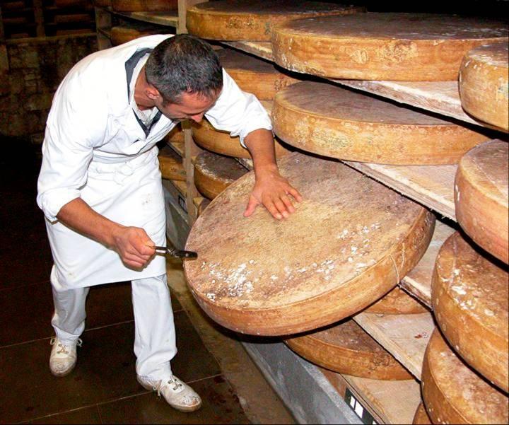 Comté (fromage du Jura)