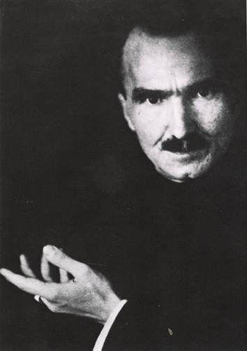 nikos kazantzakis   ⌘the author