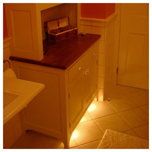 Best night light options for bathroom