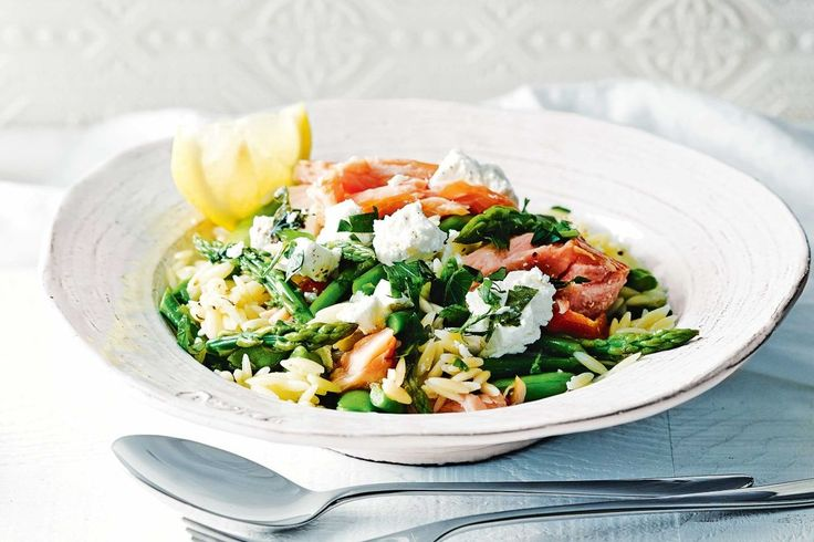 Create art on a plate with this colourful summer risoni, loaded with flakes of hot-smoked salmon and fresh asparagus.