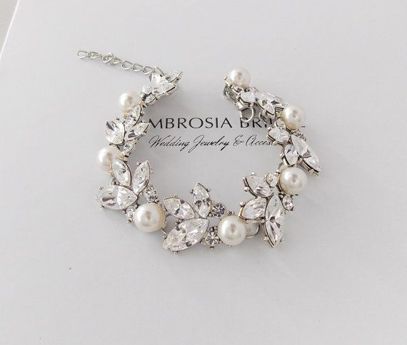 Hey, I found this really awesome Etsy listing at https://www.etsy.com/listing/237069984/wedding-bracelet-bridal-bracelet