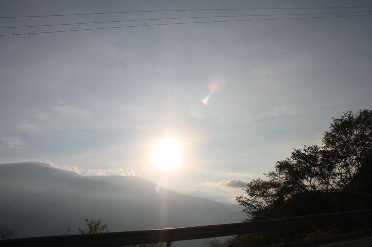 Amanecer. ver como poco a poco va apareciendo entre las montañas es lo mejor.