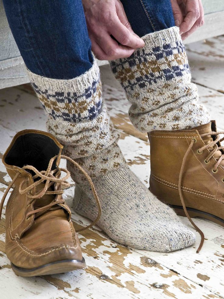Plaid and Diamond Socks - Knit these mens accessory socks from Easy Fairisle Knits. Designed by Martin Storey using the gorgeous yarn Felted Tweed DK (wool), these cosy boot socks have a plain foot section, small diamond section and are topped with a plaid pattern.