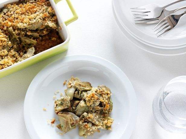 Artichoke Gratinata : Giada's baked artichokes and breadcrumbs are ready in just 25 minutes.
