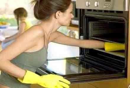 Your Life...Beauty...Body: Πως θα καθαρίσουμε το φούρνο μας χωρίς χημικά και ...