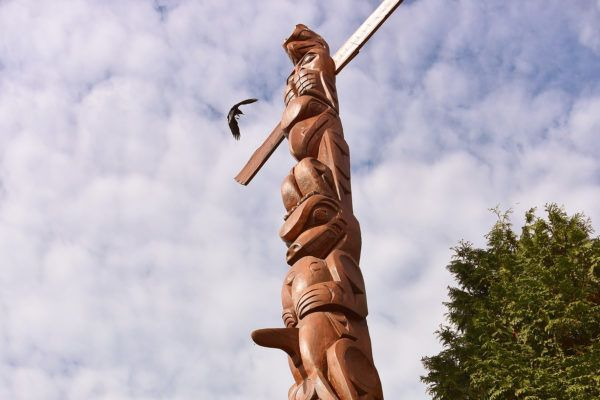 Achtergrond: Brits Columbia – Passionate Nomads: Totempaal in Stanley Park in Vancouver