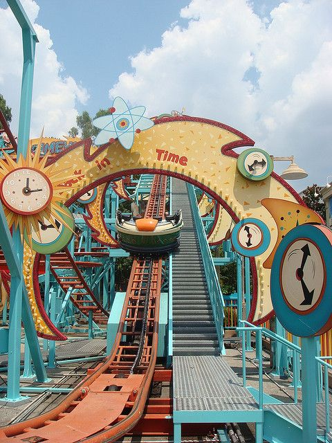 Did you know Primeval Whirl is Chester & Hester's knock-off of Dinosaur (Countdown To Extinction)? #disney #imagineering