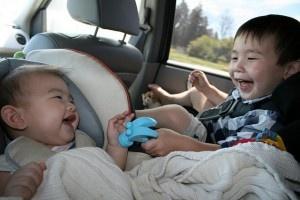 ¡Cuidado! No olvides a tu hijo en el auto: 7 medidas de seguridad que evitarían su muerte  @Lezeidarís Morales