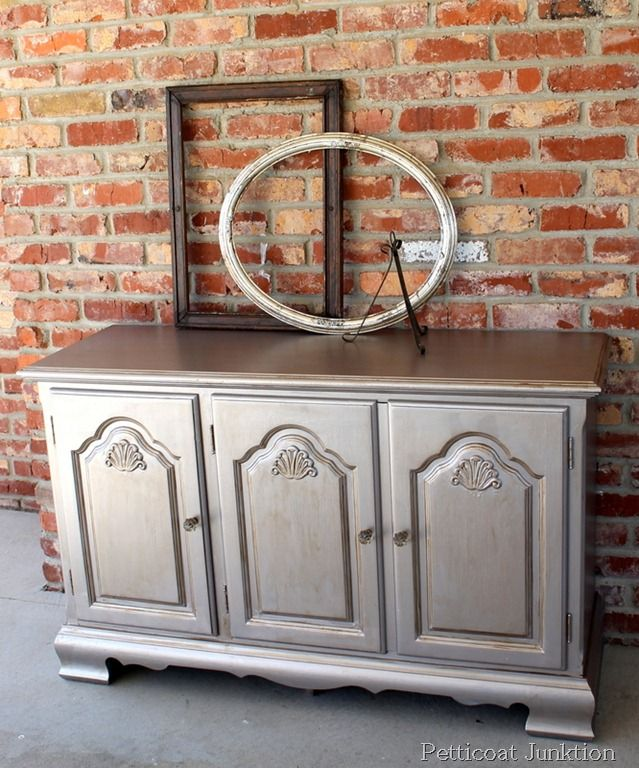 Metallic Painted Furniture, Petticoat Junktion Color is a mixture of two Martha Stewart Metallic Paints