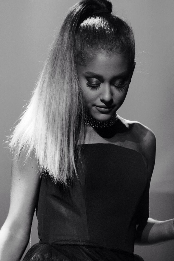 Ariana Grande 100 Time Gala