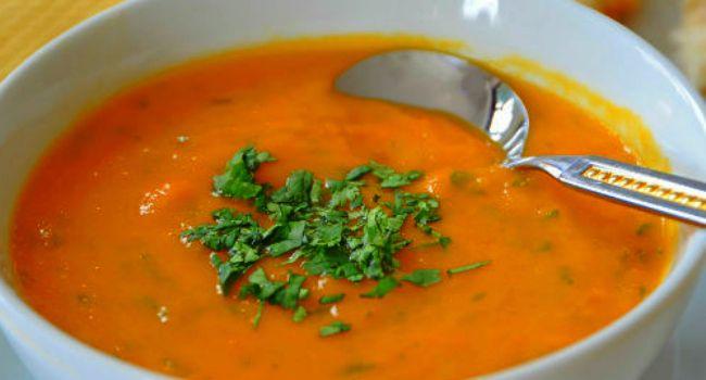 3 sopas funcionais e emagrecedoras que vão impulsionar sua dieta