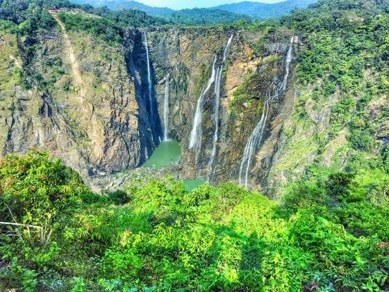 The Amazing Jog Falls in Karnataka & where to stay near jog falls : Gundimane Homestay which was so incredible!