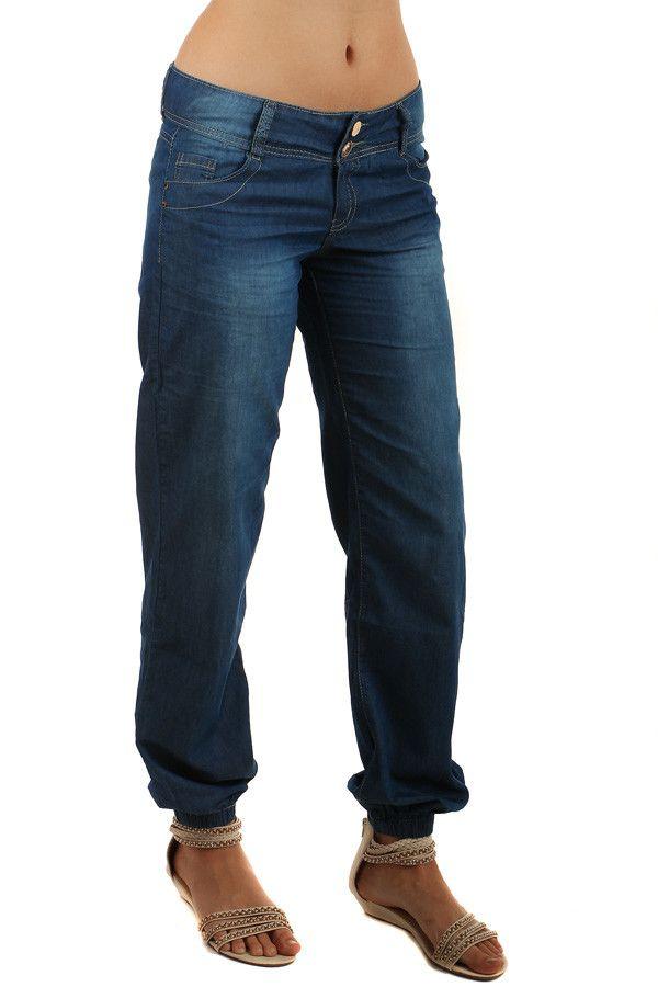 b580b5d09 Volné dámské riflové kalhoty - koupit online na Glara.cz #glara #fashion #
