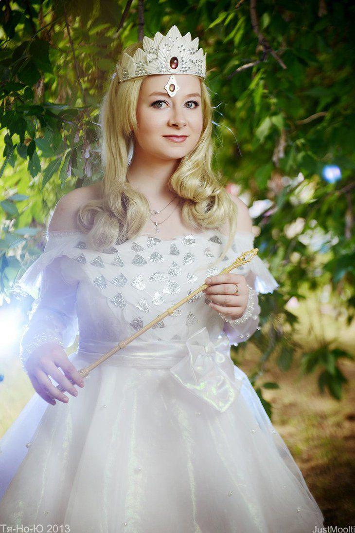 Best 25+ Glenda the good witch ideas on Pinterest   Halloween ...