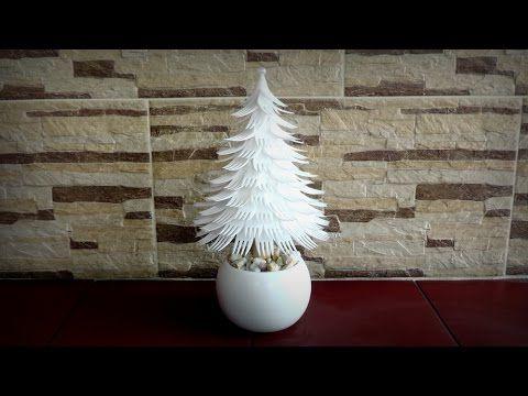 Albero di Natale con forchette di plastica  Choinka z widelców - YouTube