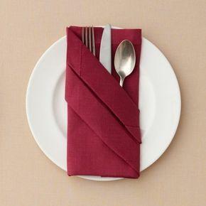 Servietten Falten Und Eine Kreative Tischdeko Zu Ostern Kreieren