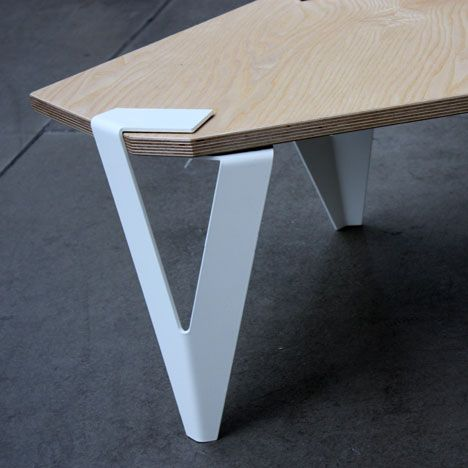 angular tabletops sports folded sheet metal legs that grip any 90° or 120° corners