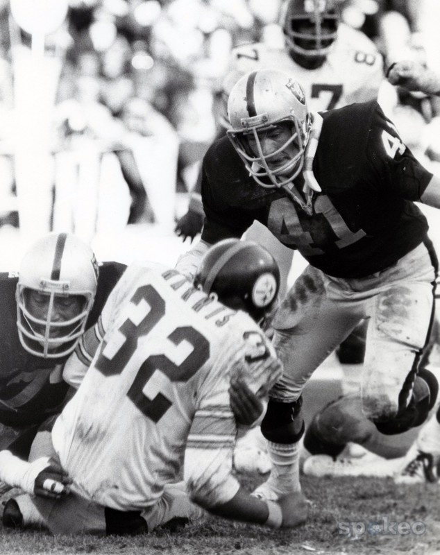 Phil Villapiano (41) and Bubba Smith (77), Oakland Raiders