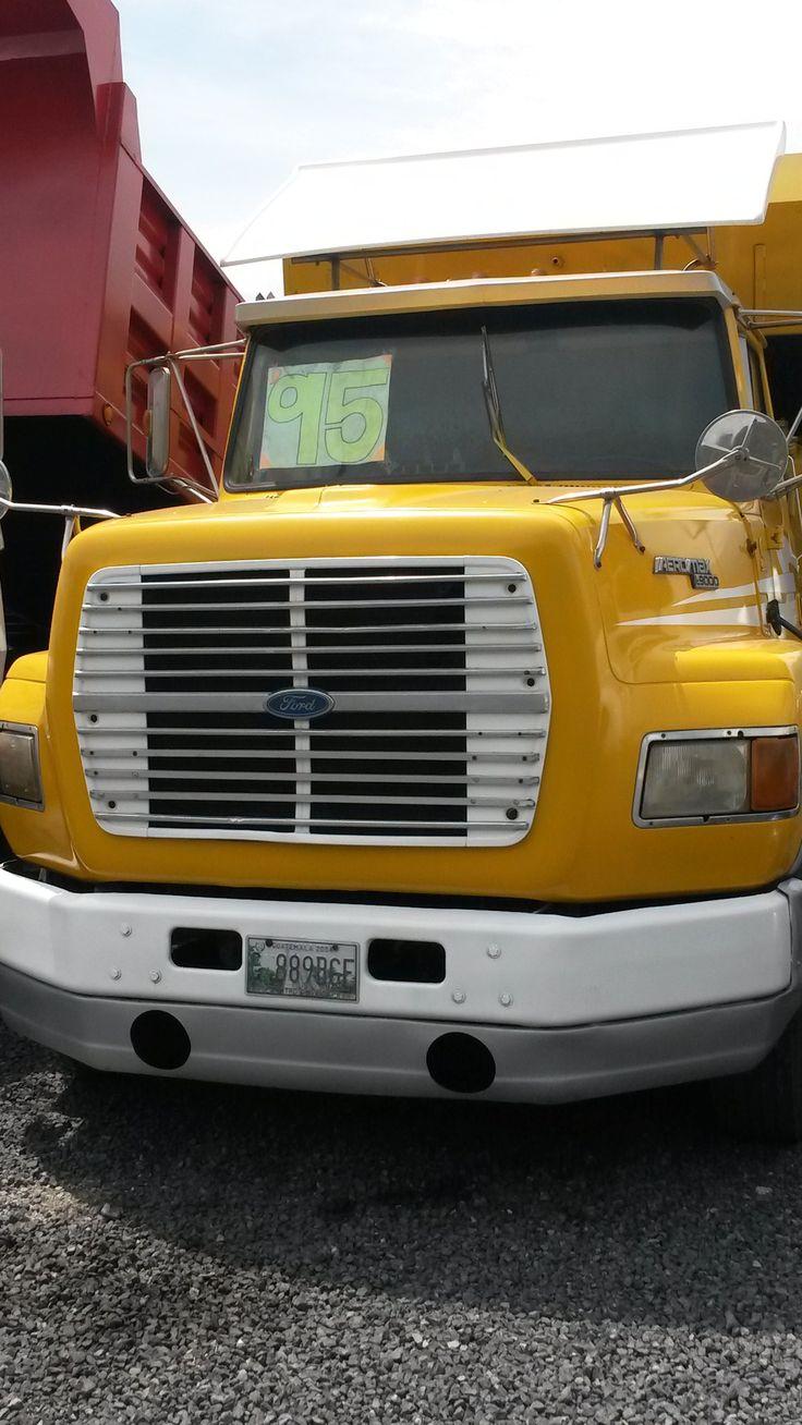 Camion con caja compactadora de basura