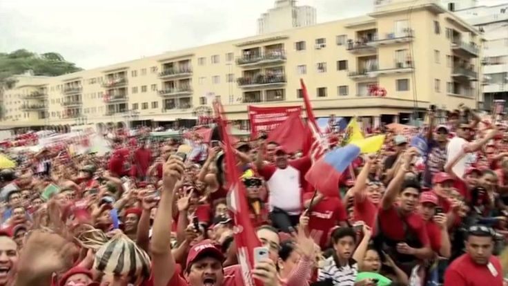 """VIDEO """"Chávez Corazón del Pueblo"""" Hany Kauam, Los Cadillacs y Omar Enriq..."""