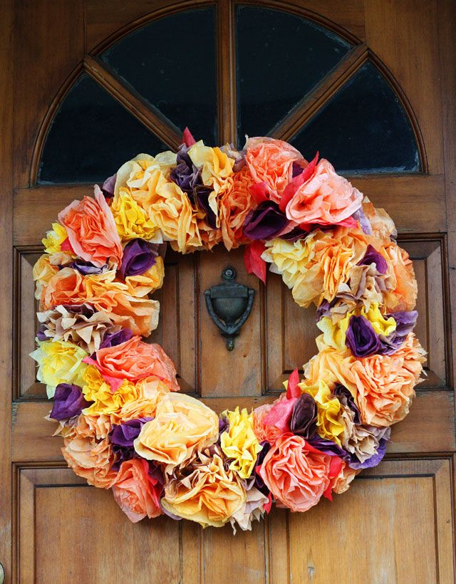 $3 Quick and Easy fall wreath made from coffee filters. Looks like it came from the Mexican circus, but you know, you could make it tasteful and stuff..