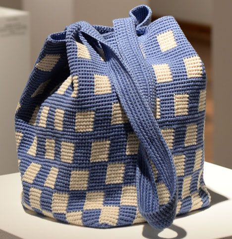 sac - carrés bleu et beige