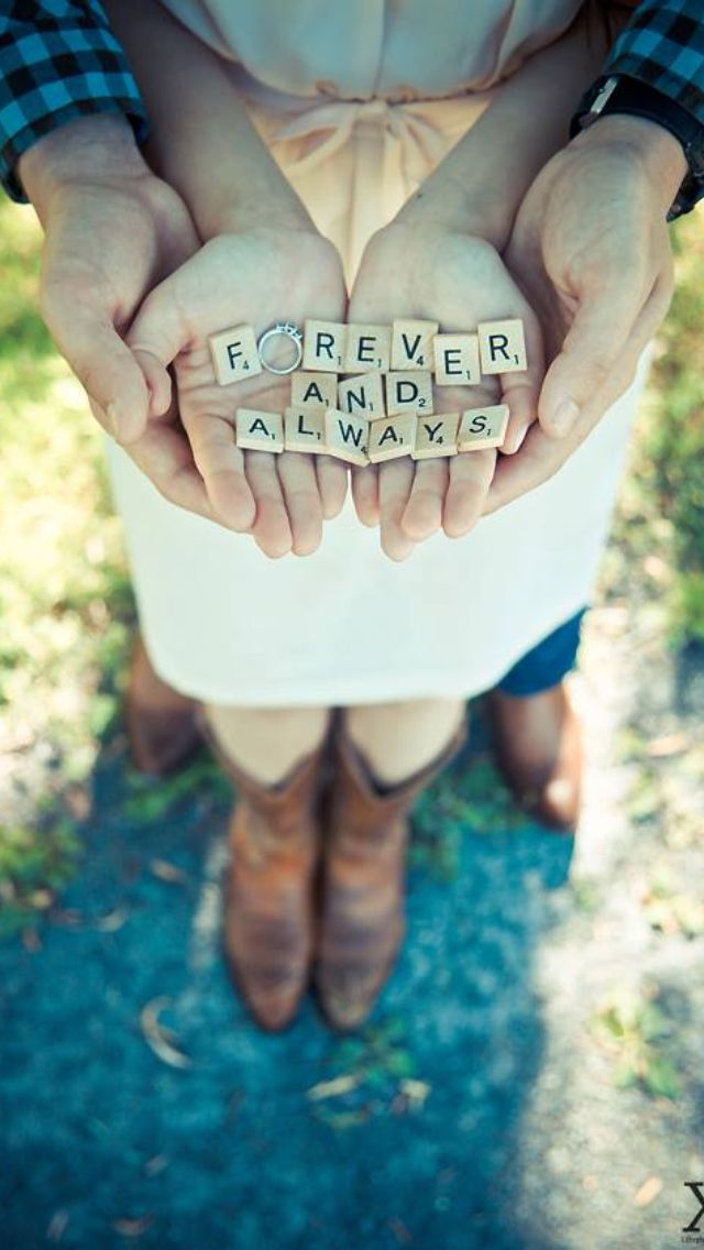 Engagement picture Idea. @Brittany Horton Sipler