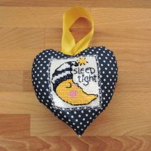 'Sleep tight' and moon patterned cross stitch hanging heart - DolceDecor home decoration
