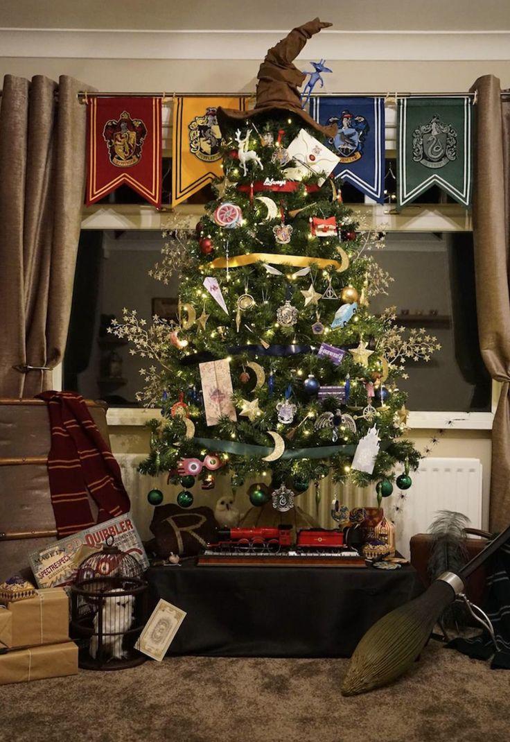 les 468 meilleures images propos de harry potter j k rowling sur pinterest ron weasley emma. Black Bedroom Furniture Sets. Home Design Ideas