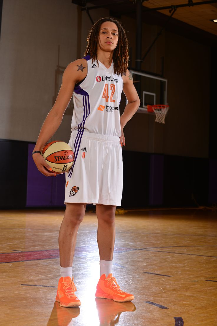 Love and Basketball: 5 Reasons You Should Be a Brittney Griner Fan