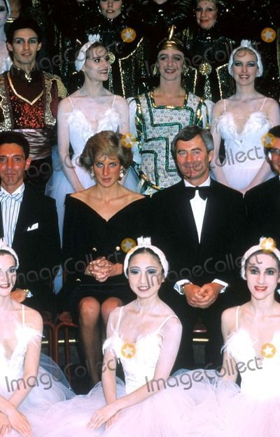 City ballet · October 20, 1988: Princess Diana in a Group Photograph with the cast of Swan