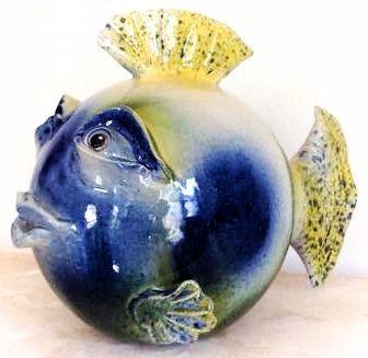 Jeg skal indrømme, at jeg nok ikke ville have denne fisk stående. Det er bare ikke lige min smag. Men jeg er bare så fascineret af håndværket bag den. Den er så udtryksfuld og flot lavet.