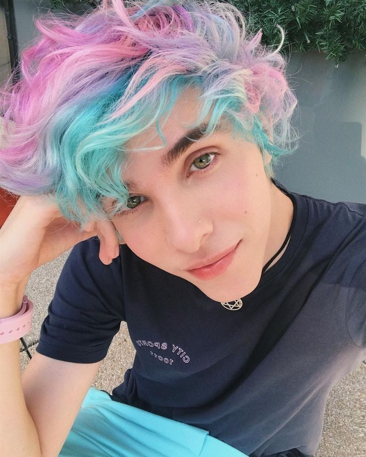 60 Fabulous Purple And Blue Hair Styles Lovehairstyles Com Hair Styles Pixie Haircut For Round Faces Pixie Haircut
