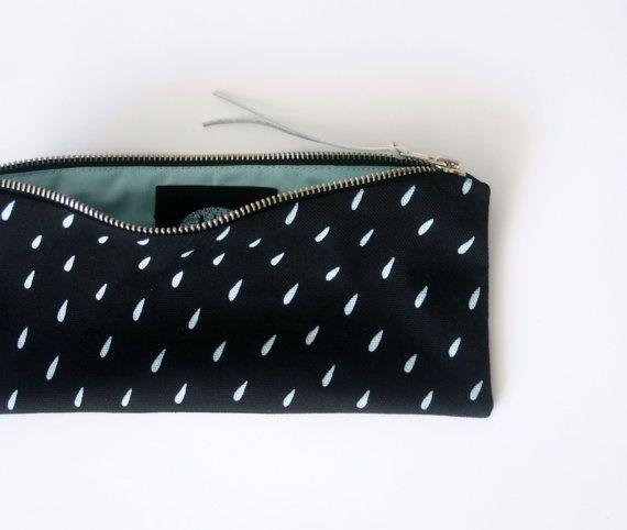 GOUTTE de pluie / sérigraphiés plumier avec pluie goutte impression, noir et menthe stationnaire, hipster crayon pochette à main