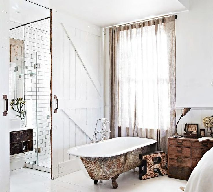 Puertas De Baño Feel:Baño moderno tras puertas de granero More