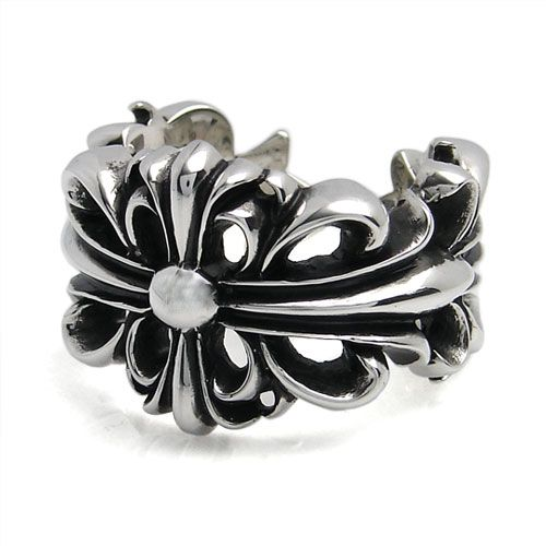 Chrome Hearts Ring Doublefloral Outlet Online 【Brand】 Chrome Hearts 【Model / Size】MaxWidth 23mm Thickness 5mm 【Raw materia】 Silver:925  Dear buyer ,this Cemetery rings,we only can supply size 10 ,if you need the other size ,you can contact our Customer service ,our company accept scheduled order, expected Delivery time 1-2 months. http://www.chromeheartsonlineoutlet.com/