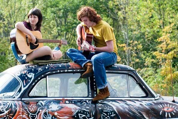Filmes que retratam o movimento hippie dos anos 60 no Polo Cultural Casa de Vidro.