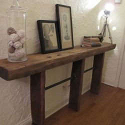 Reclaimed Wood and Pipe Table DIY