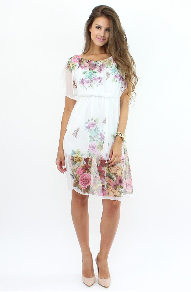 Romantic Floral Dress for a date..:) Available at www.famevogue.ro  #dress #floral #moda #shopping