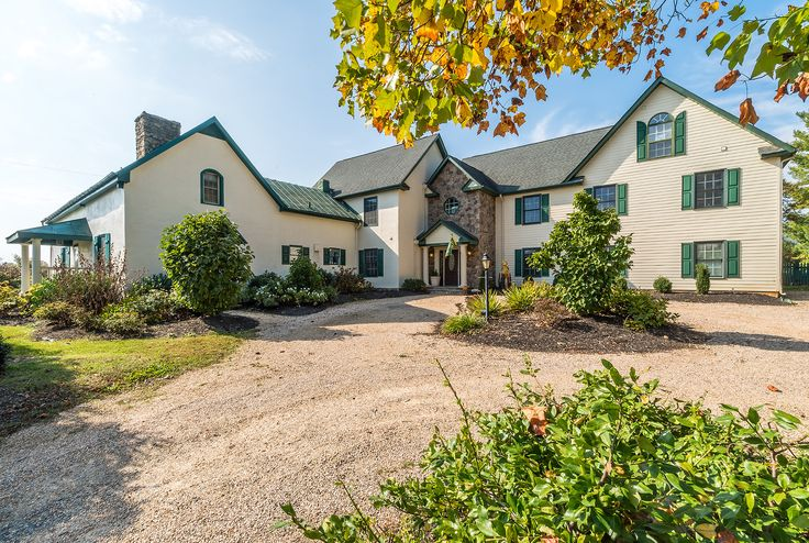 The Inn at Vineyards Crossroads was originally built in 1787 and is currently listed on the market for $1.495 million with Dave Wills, real estate agent and sales manager of Long & Foster Real Estate's Middleburg office.