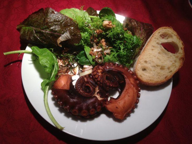 1000 ideen zu oktopus salat auf pinterest gesunde salatrezepte gesunde avocado rezepte und. Black Bedroom Furniture Sets. Home Design Ideas