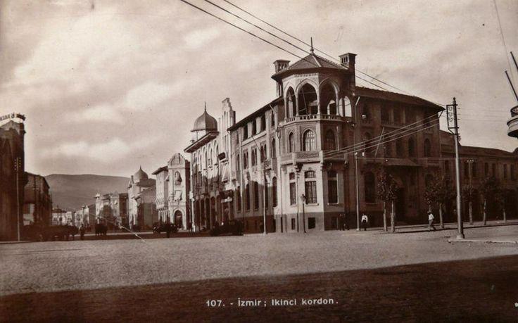 İZMİR 1940 lar Bir Zamanlar Osmanlı Bankası