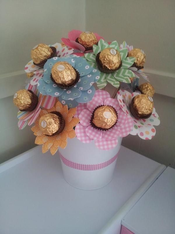 Mother Birthday Gifts Our ferrero rocher bouquet The kids and I made this for grandmas birthday ♥ I&. Diy Bouquet, Candy Bouquet, Bouquets, Mother Birthday Gifts, Diy Birthday, Birthday Bouquet, Mothers Day Crafts, Crafts For Kids, Craft Gifts