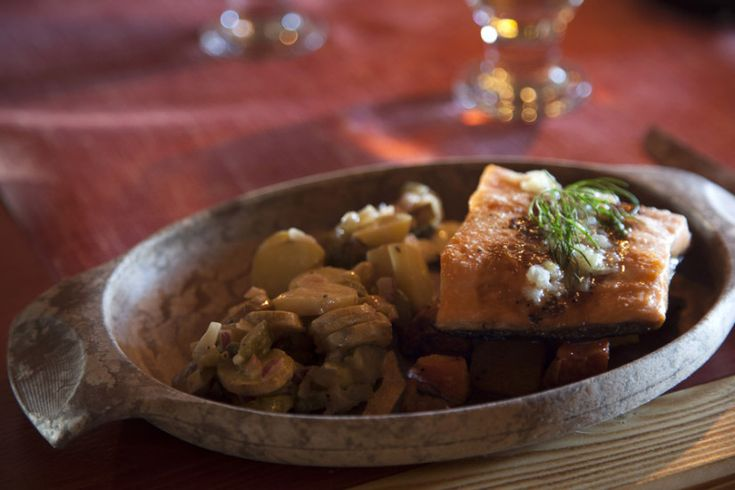 In Lapland Restaurant Kotahovi you can for example savour delicious dishes made of salmon.