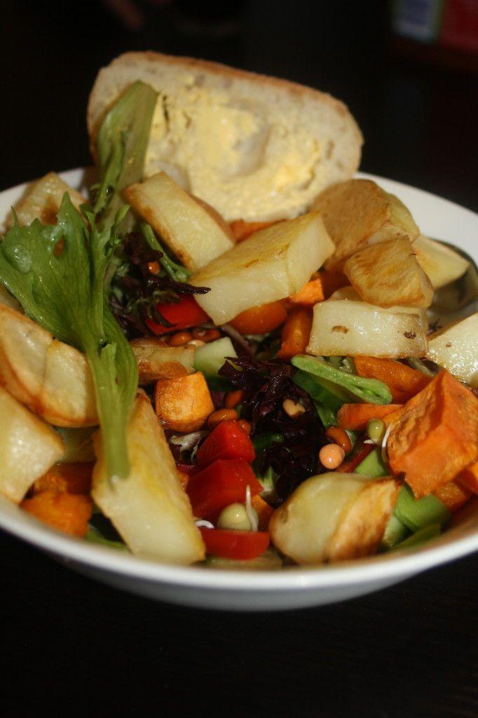 Roast vegetable salad - delicious recipe! http://styleunearthed.com/roast-vegetable-salad/