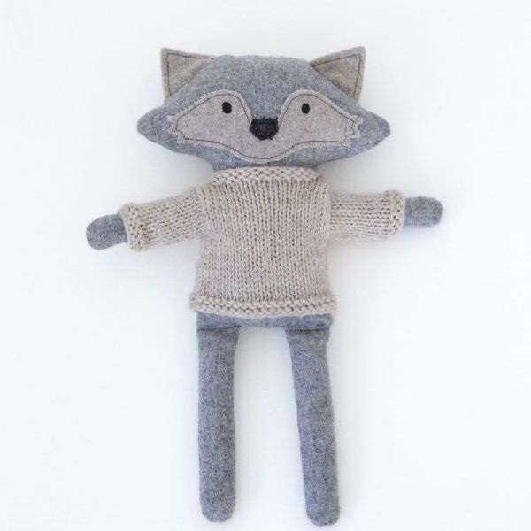 Heiko wears a cotton knitted jumper and loves to hang out. The perfect size to snuggle. Heiko will keep your child entertained for hours. #softtoy #kids #play #thelittlehaven